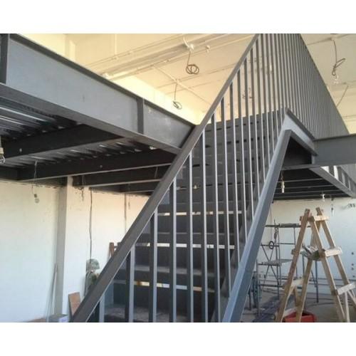 门头沟彩钢钢构制作企业_北京福鑫腾达彩钢厂家定做钢结构楼梯