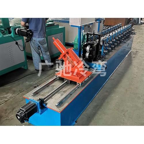 宁夏大棚压膜槽成型机生产|东光广驰农业来图加工大棚卡膜槽机