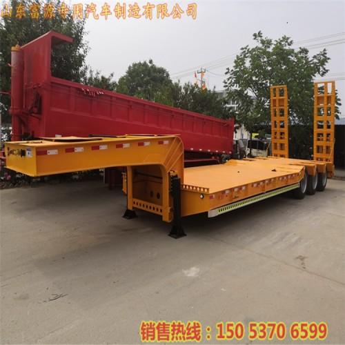 挖掘机拖板车 13米低平板运输车