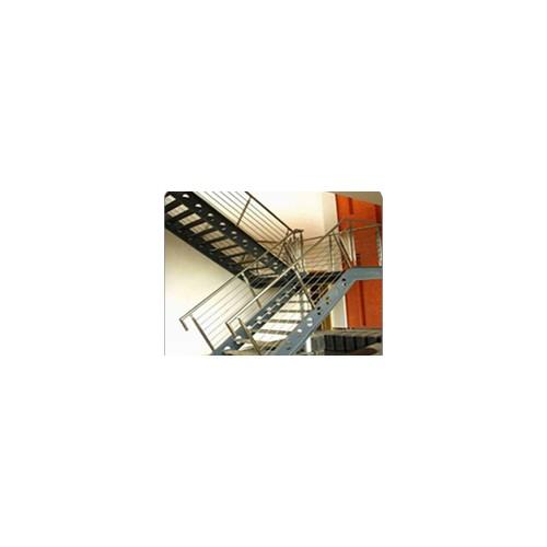 顺义钢结构工程企业-北京福鑫腾达彩钢钢构厂家定制钢结构楼梯