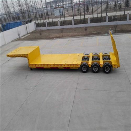 牵引半挂 货车车厢 13米飞翼挂车厂家价格