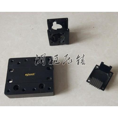 河南铝压铸件生产企业_润恒压铸厂家供应铝铸件
