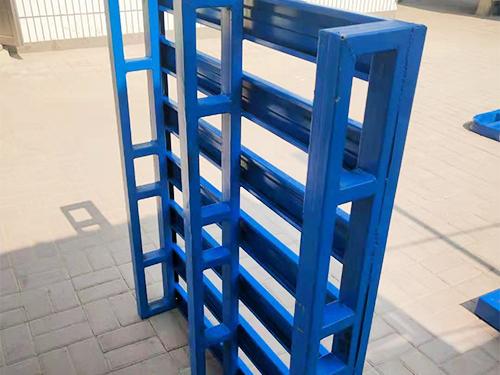 铁托盘加工厂家/衡水鸿卓建筑器材性能稳定