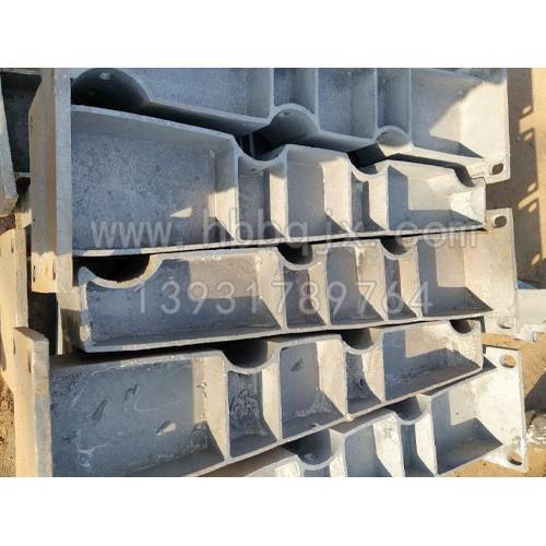 铸钢桥梁支架订制加工/泊泉机械制造有限公司