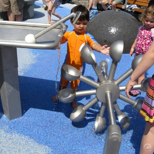 阿基米德取水器不锈钢压水枪户外幼儿园儿童喷水玩沙戏水玩具定制