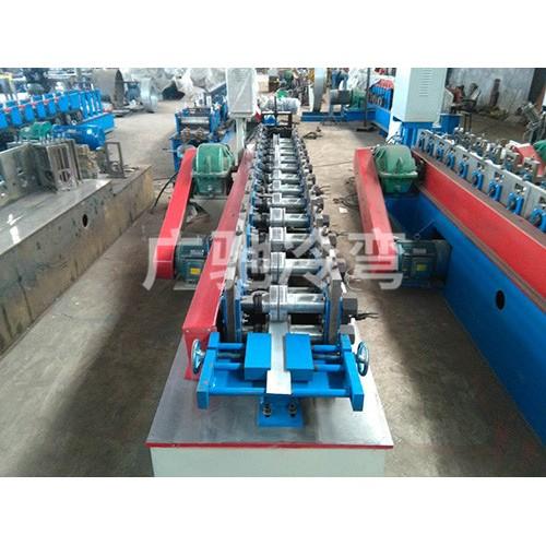 山东大棚卡膜槽机企业_东光广驰农业加工生产大棚压膜槽机