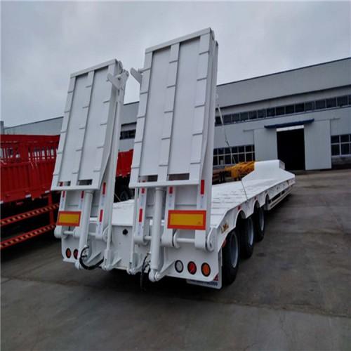 12米多轴式半挂车 大件运输半挂车 钩机板半挂车 销售供应