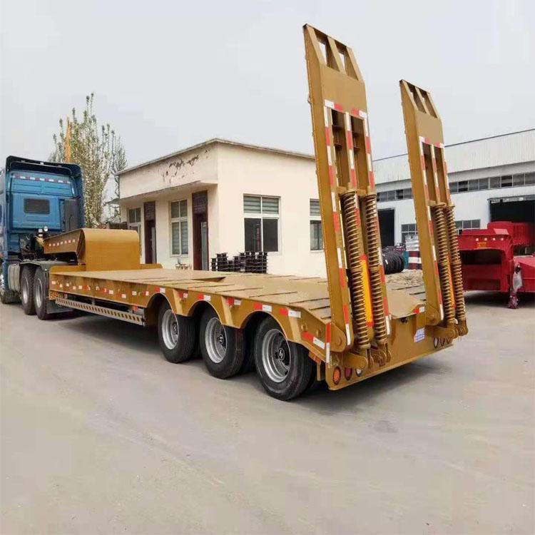 液压爬梯半挂车多少钱一辆尺寸及配置 厂家供应