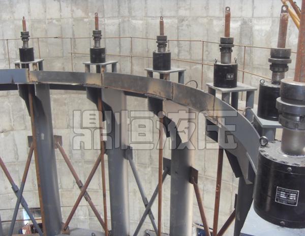河北液压提升设备加工公司 鼎恒液压厂价订制液压顶升设备