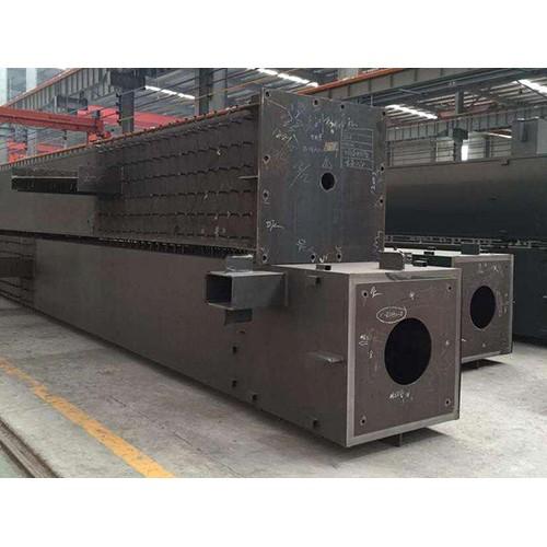 四川钢结构厂家|乌鲁木齐新顺达钢结构厂家定制箱型柱